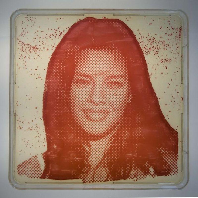 Liz Bonnin Bacteriograph