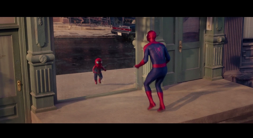 Evian SpiderMan Amazing Baby 6