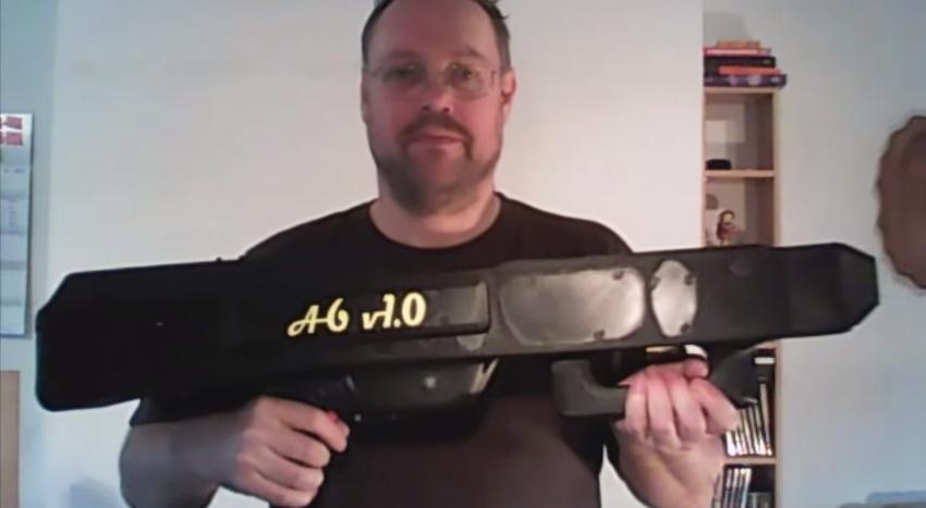 Krone Paper Airplane Gun 1