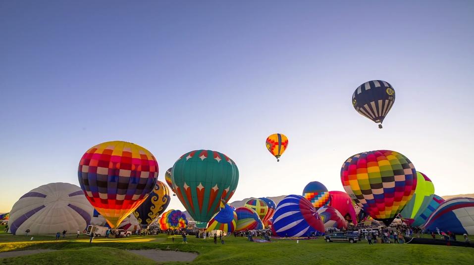 Albuquerque-Balloon-Fiesta_2014_03